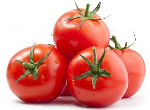 Tomato for Forehead Acne