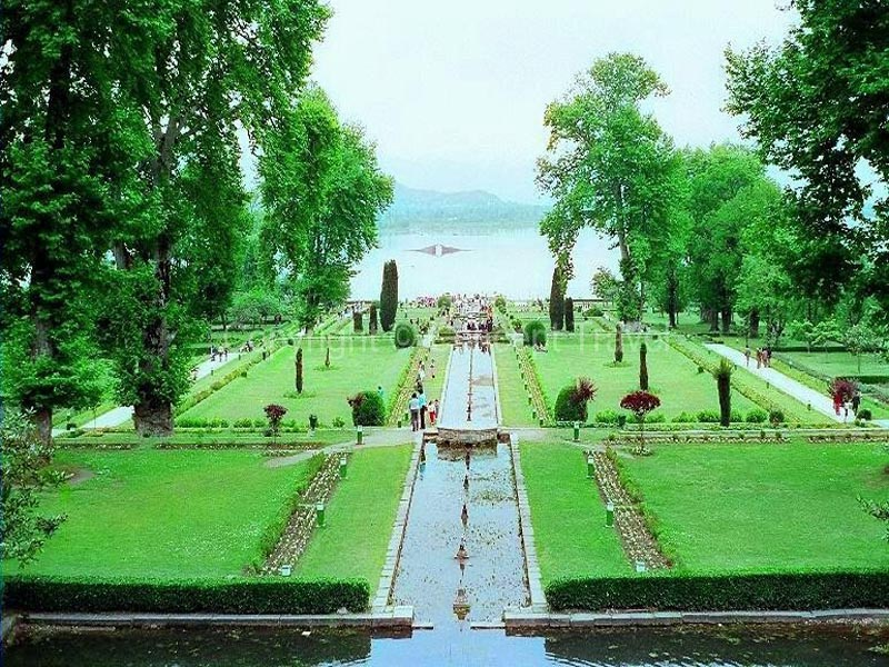 Tourist Places To Visit In Srinagar
