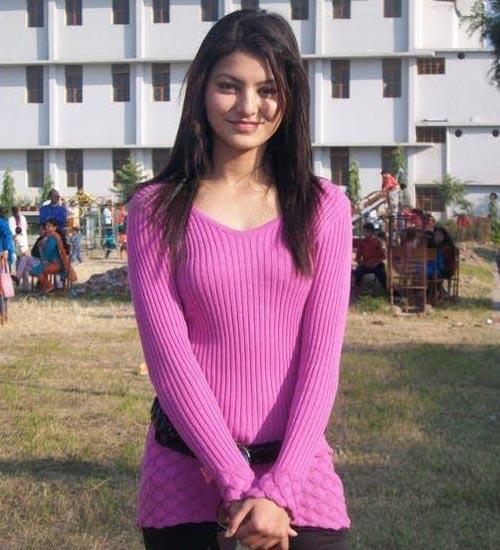 Urvashi Rautela Without Makeup 10