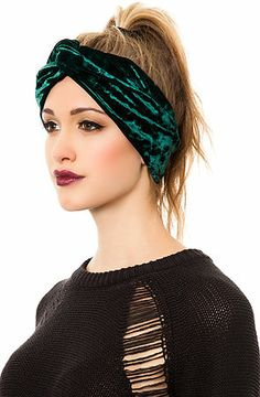 25 Beautiful and Stylish Designs of Headbands for Women  97fea7fc269
