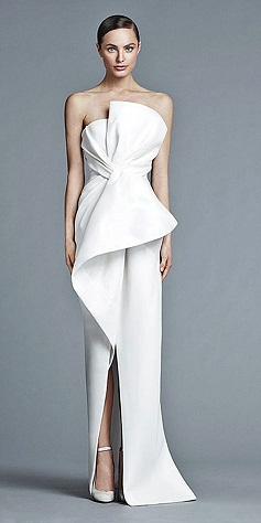 2d87aab8112 The key for the architectural dress is to make sure that the shape of dress  flatters yours. More emphasize is given on the shoulders and hem.