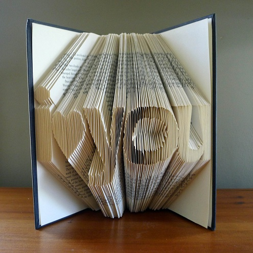 Book Frame Showpiece