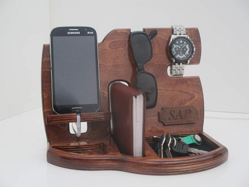 This Is One Of The Most Best Gifts For Men As Useful Gadget Stand Gives You Option To Keep All Your Items In Place