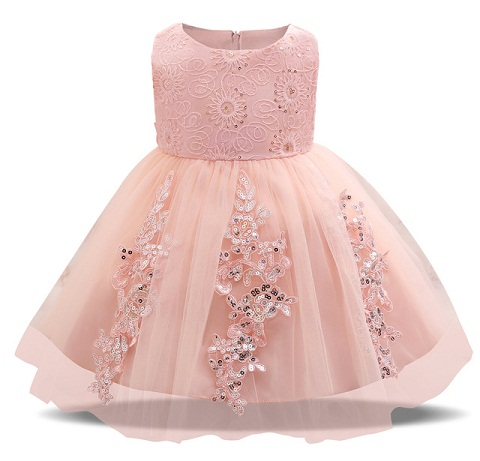 d8f139cc71176 This birthday frock for 1 year baby is nice for all seasons as it is  sleeveless. The lower half of the dress is made from net material ...