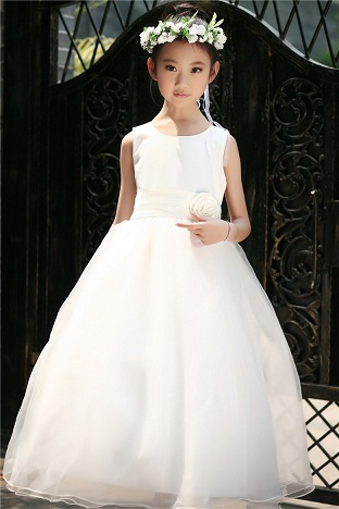 0f4e2d4837d7 If you are interested in having a plain and less fancy type dresses