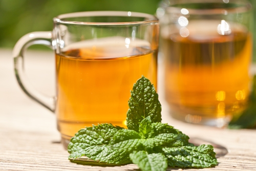 Instant Bloating Relief with Peppermint Tea