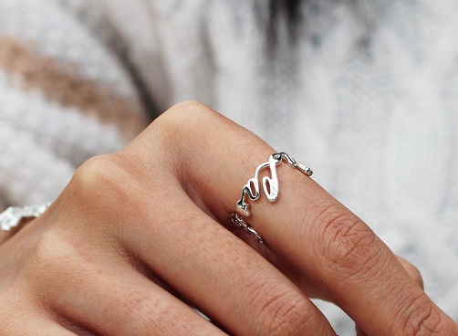 15 personalized gifts to present on any occasion styles for Engravable gifts for her