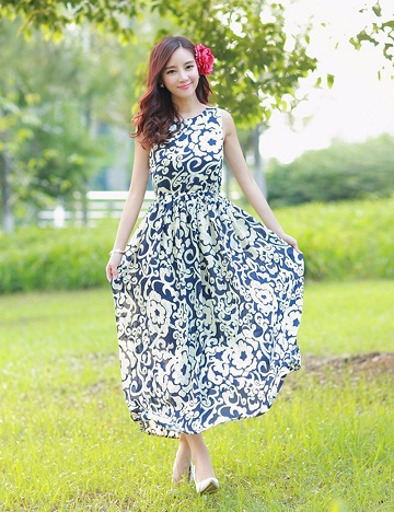 a8521bc0131d Printed design for full frock for girl is the latest trendy design popular  for summers. The simple cotton frock is given mid-flaw design with  sleeveless ...