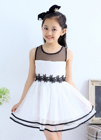 e3812abfda00 9 Best and Cute Frocks for 7 Years Old Girl