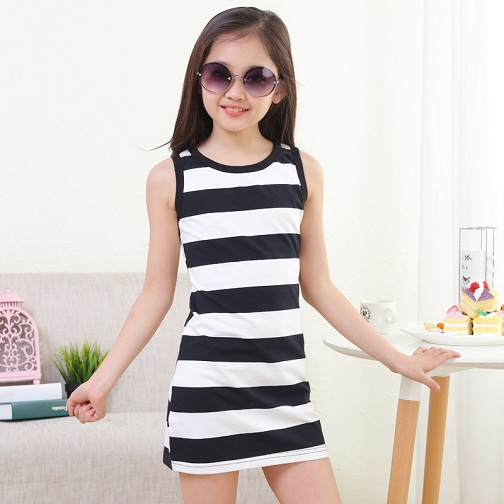 d58f60986c297 Here is a cool looking 10 year girl dress that can be worn anytime. The  easy and breathable summer dress is made with striped pattern.