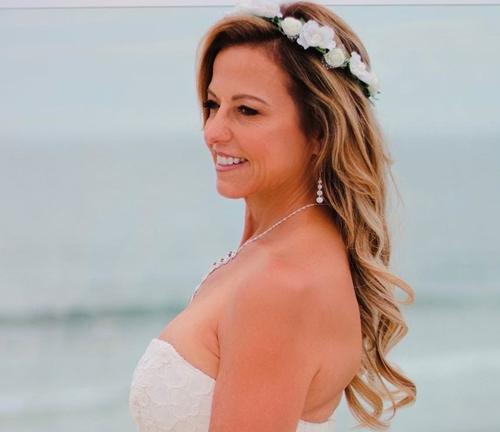 Wavy Summer Wedding Hairstyle