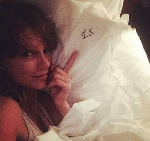Taylor Swift without Makeup 2
