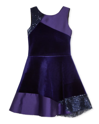49cb0850a368 This is a beautiful girl's velvet frock. This is an excellent party wear  and it comes with satin, sequin and velvet sections. This frock will look  good on ...