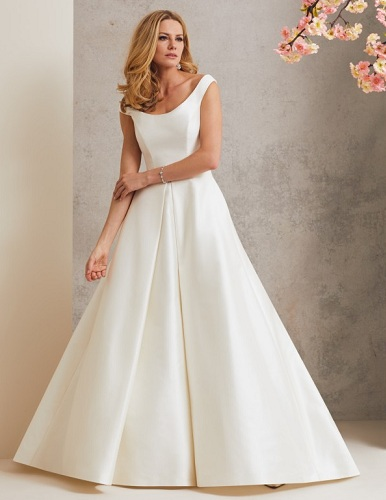 30 Latest And Best Designer Dresses For Women In Fashion Styles At