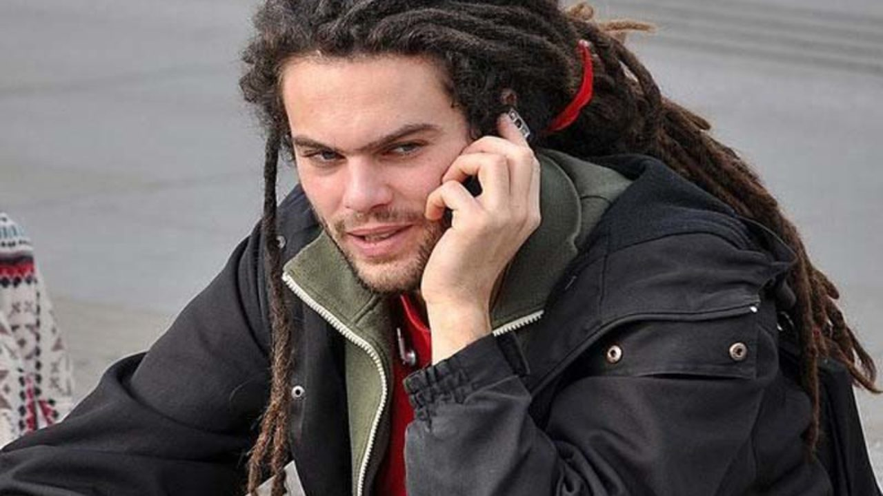 9 different and Easy Dread Hairstyles for Men | Styles At Life