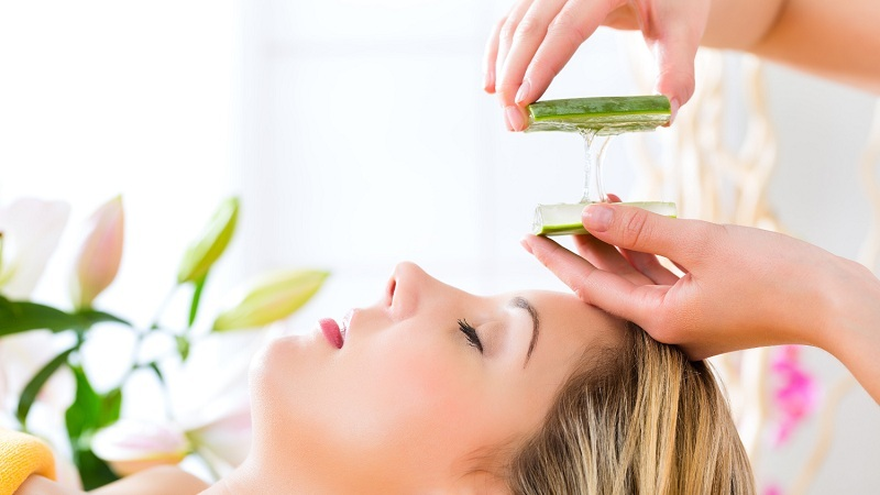 how to use aloe vera for oily skin