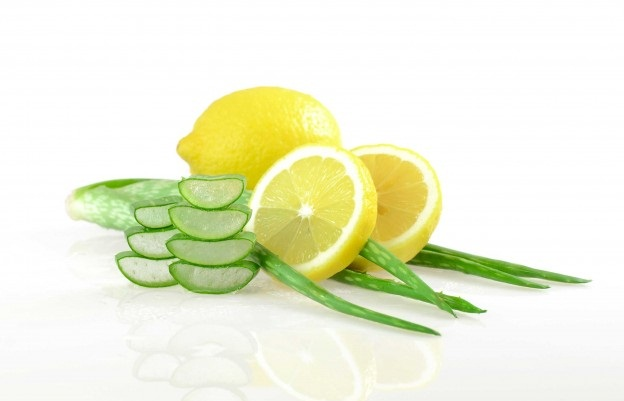 lemon juice and aloe vera for pimples