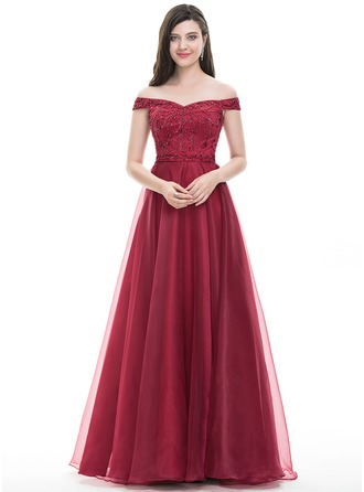 daf5f08c94f2 15 Stylish and Beautiful Red Frocks with Images