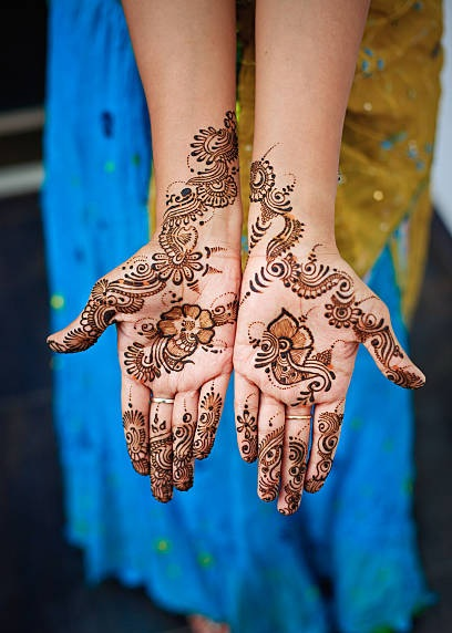 20 Most Impressive Mehndi Tattoo Designs To Try In 2019 Styles At Life