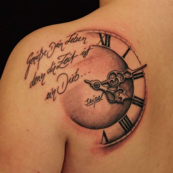 15 Best Clock Tattoo Designs