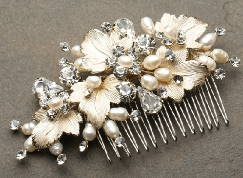 Bridal Hair Comb with Pearls