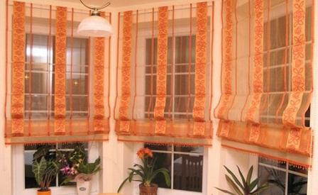 Floral Print Curtain Design