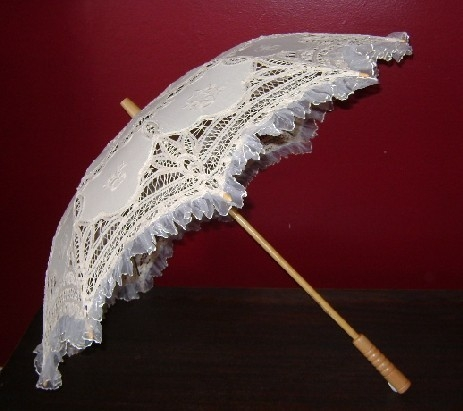 Flouncy Ruffle Trimmed Fancy Umbrella