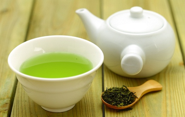Green tea for blackheads on nose