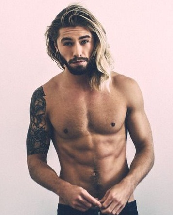 The Long Blonde Hairstyle for Gents