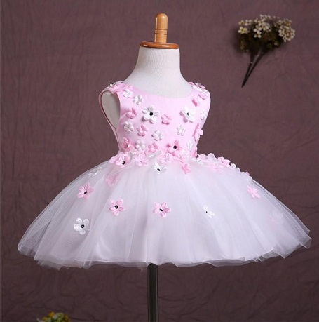 29c11e00411 1 Year Baby Girl Dress - 15 Different and Cute Designs | Styles At Life