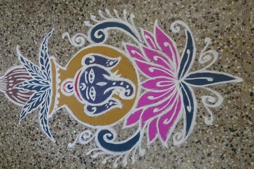 Simple Kalash Rangoli with Dots