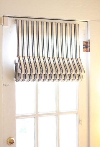Swinging Rod Curtain Design