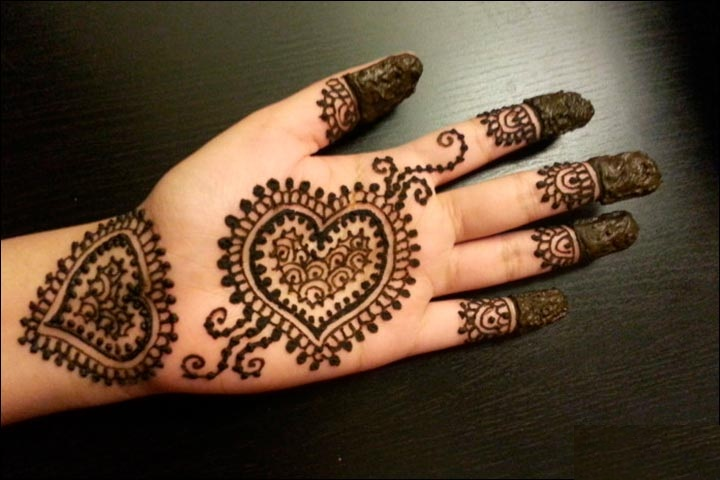 Trending Heart Shaped Mehndi Designs