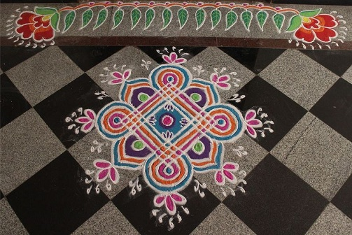 Unique Door Rangoli