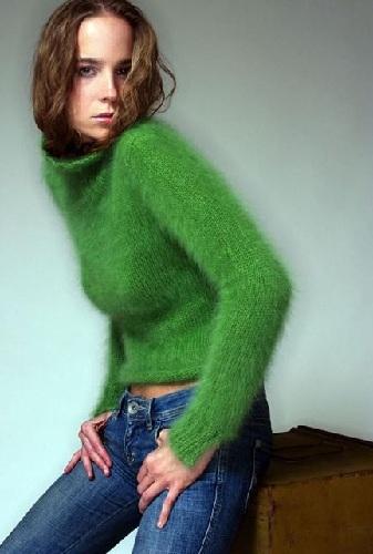 Women's Fuzzy Sweater