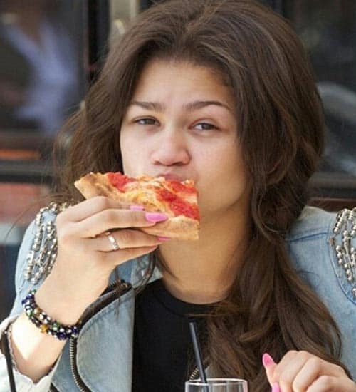 Zendaya without Makeup 1
