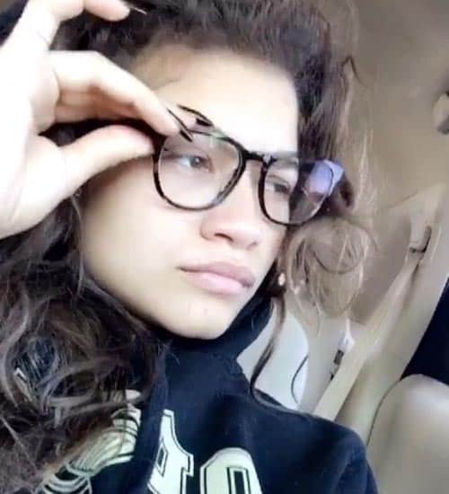 Zendaya without Makeup 10