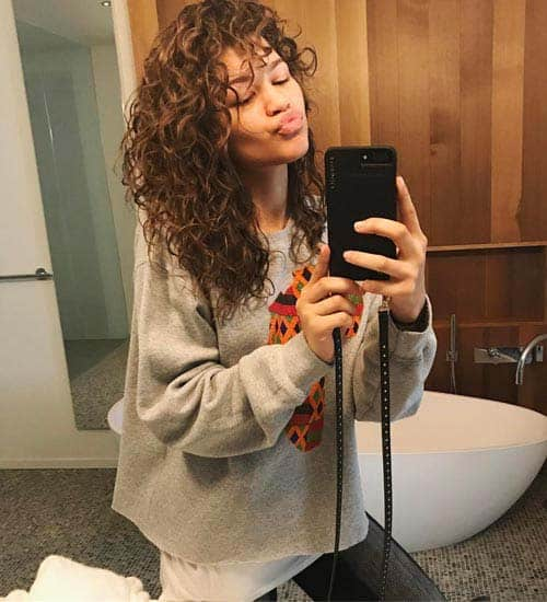 Zendaya without Makeup 15
