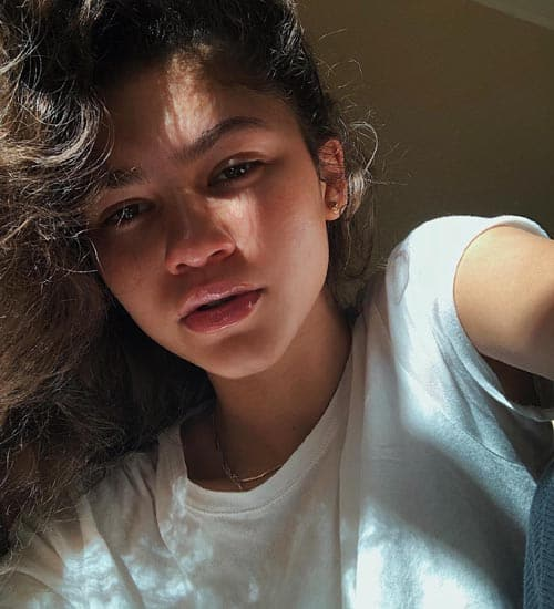 Zendaya without Makeup 7