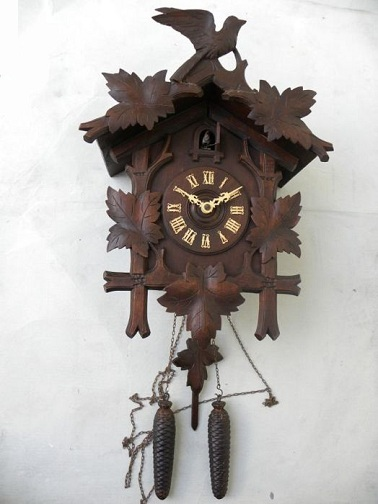 1- Day mechanical Antique Cuckoo Clocks