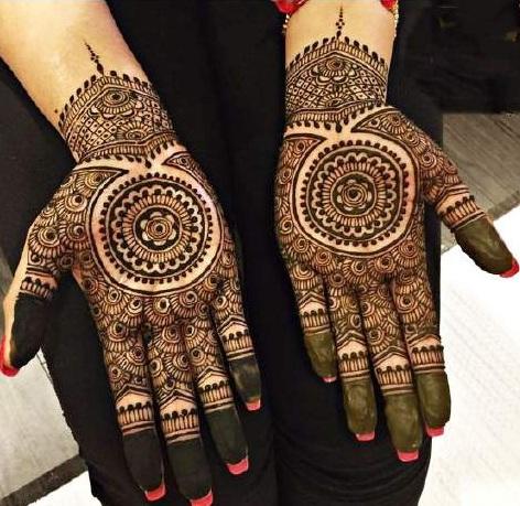Bridal Mehndi Round Design