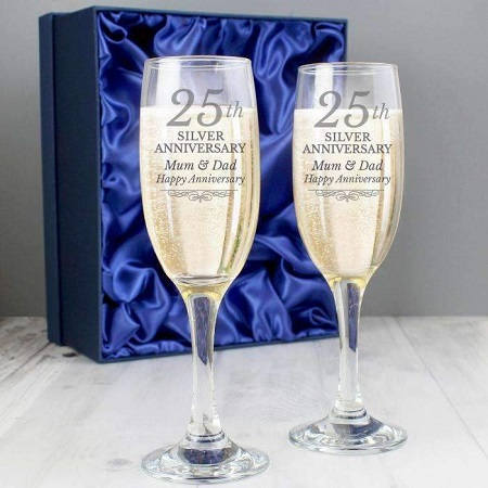 40 Unique Gifts For Parents On 25th Wedding Anniversary Styles