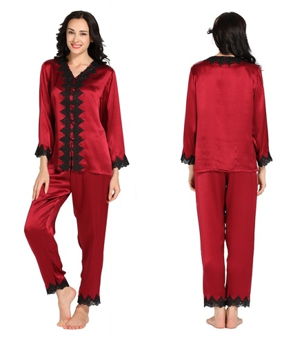 e1fd3589a4d4 This is the ultimate luxury design among the ladies silk pajamas. It is the  perfect nightwear featuring a classic oriented with added grace.
