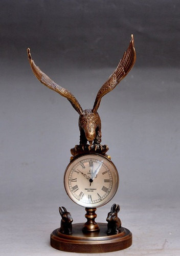 Eagle Sculpture Mechanical Clock