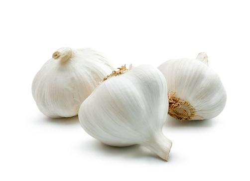 Garlic for Scalp Acne
