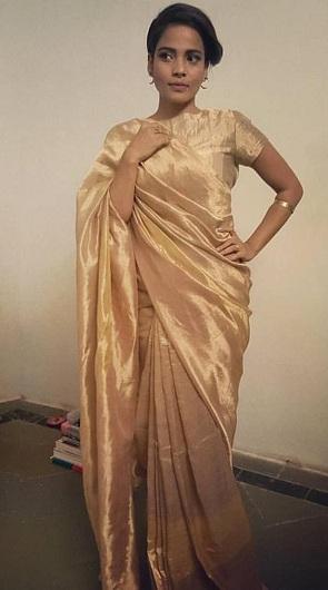 c7372a520c0c4 20 Golden Sarees To Explore In This Wedding Season