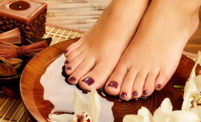How To Do A Best French Pedicure At Home With 9 Simple Steps