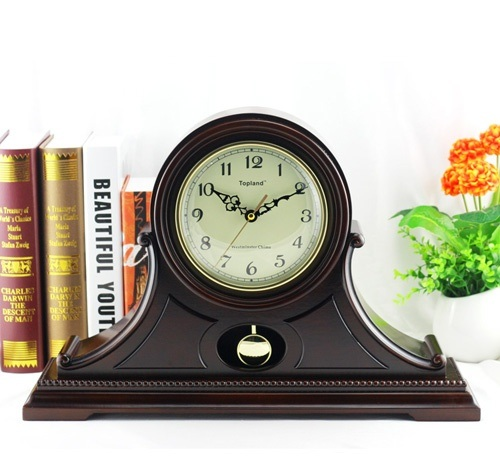 Pendulum Desk Clock