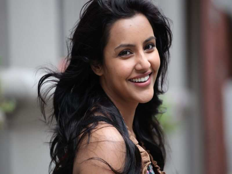 Priya Anand Without Makeup