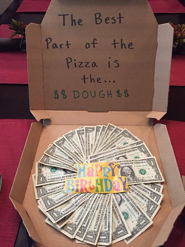 If Your Friend Or Relative Loves To Eat Pizza And You Are Thinking Give Him Her Special Creative Birthday Gift Then Using Money In An Arrangement
